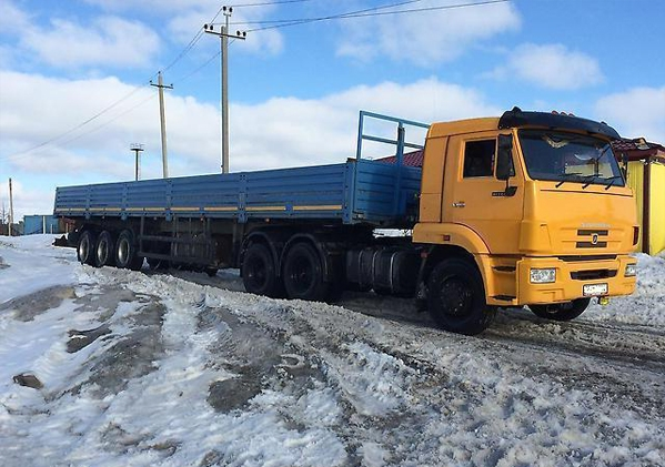 Трактор мтз 82 бара в Шатковском районе. Цена договорная.