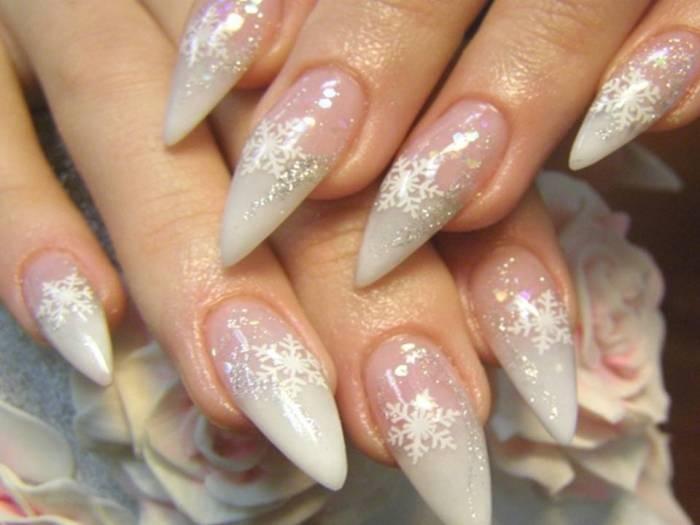 Фото нарощенных ногтей с новогодни дизайном