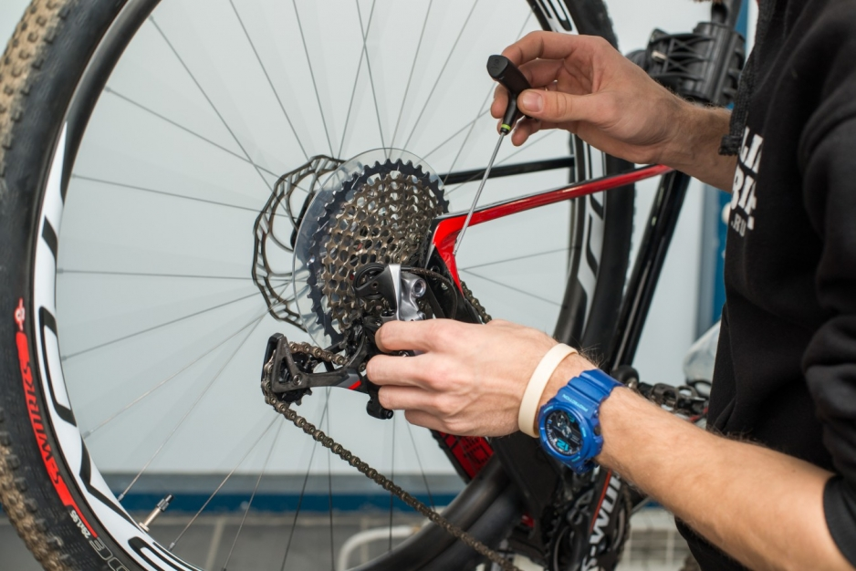 Спортивный велосипед ремонт своими руками 664