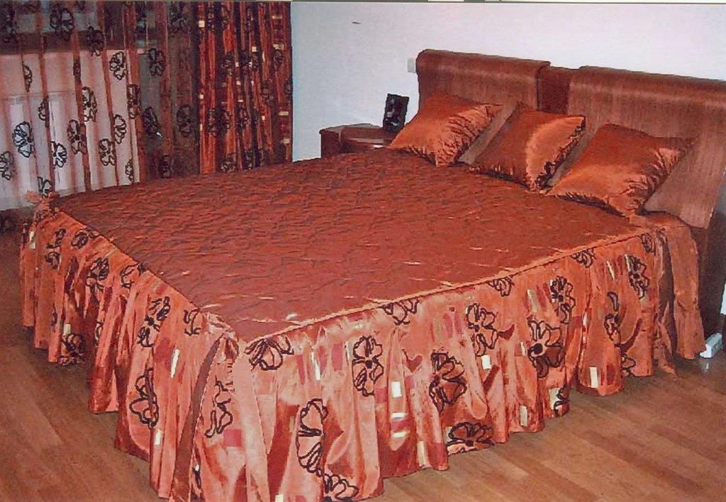 Покрывало на кровать в спальню фото новинки красивые своими руками 92