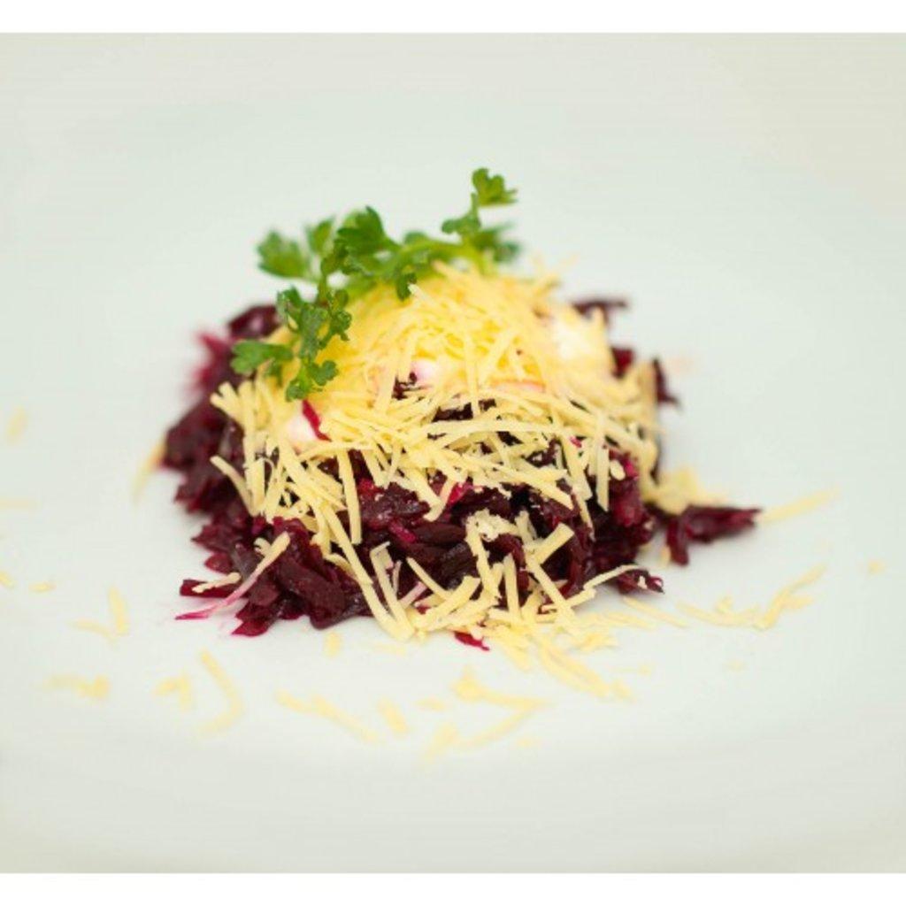 салат из свеклы с сыром и маслом растительным