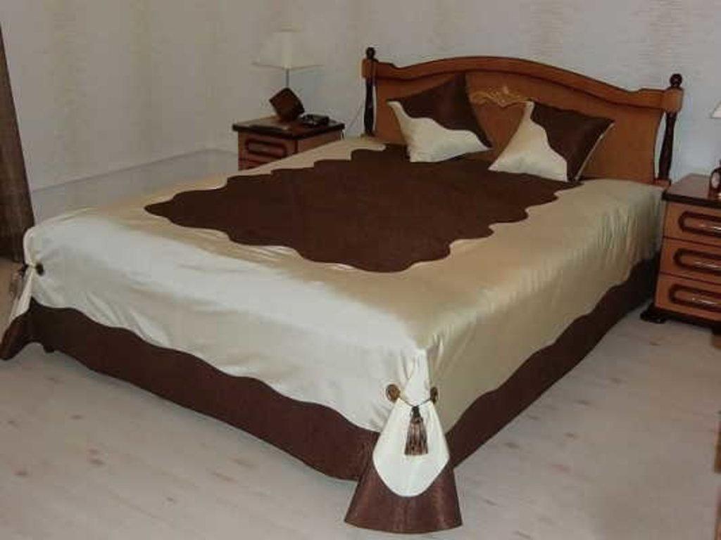 Сшить покрывало на кровать в спальню в современном стиле
