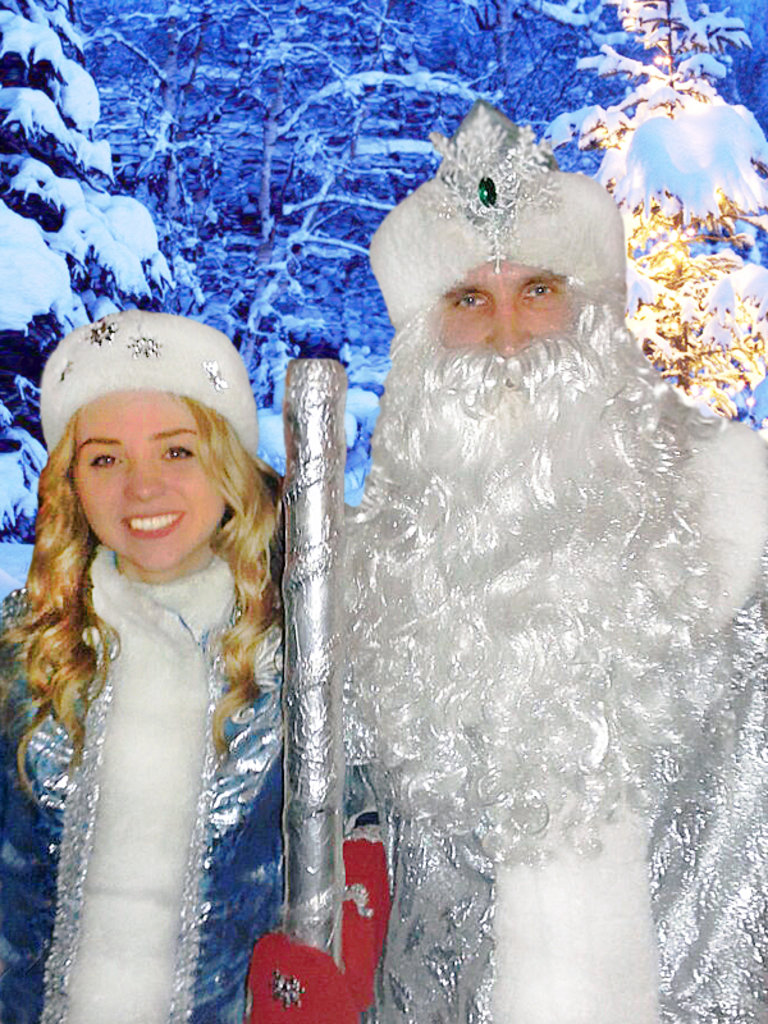 Новогоднее поздравление деда мороза и снегурочки на корпоративе