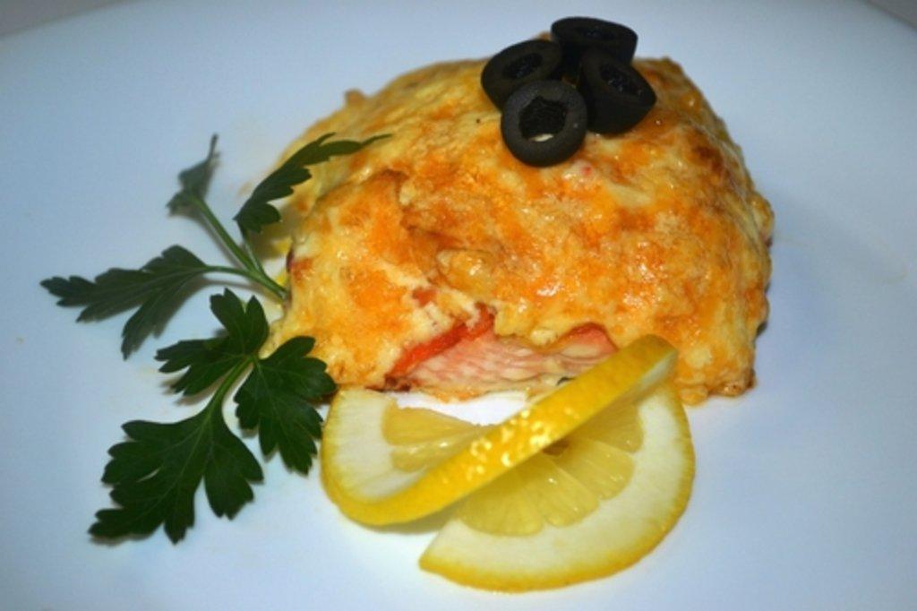 красная рыба под сыром в духовке рецепты с фото