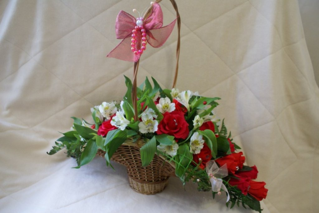 Корзины для цветов своими руками фото