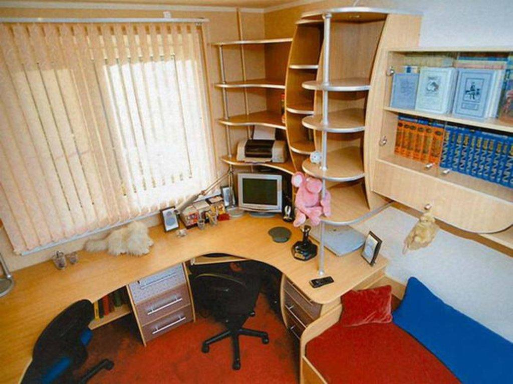 Письменный стол для двоих детей - это основа рабочей зоны в .