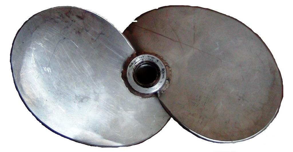s-образный винт лодочного мотора