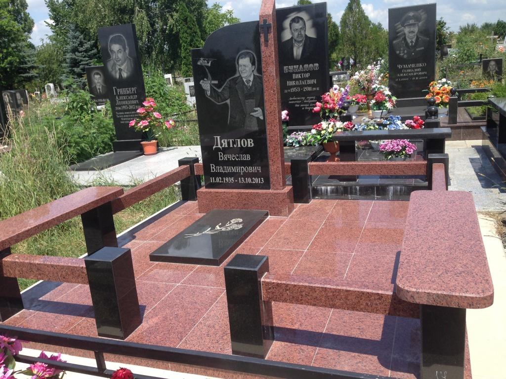 Ростов на дону памятники надгробия памятники из гранита в саратове ангарске