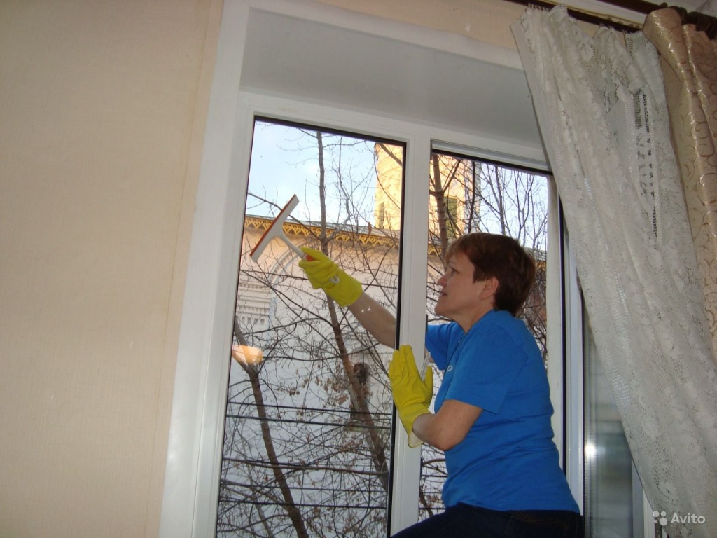 Мойка окон, балконов, лоджий, витражей, фасада зданий купить.