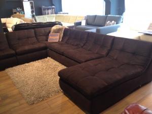 Распродажа выставочных образцов диванов.