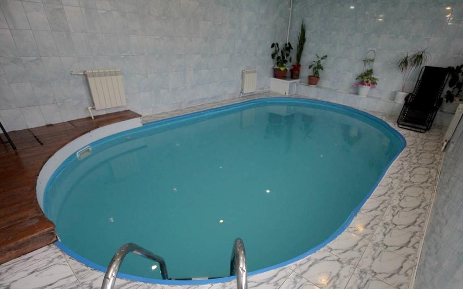баня с бассейном в туле