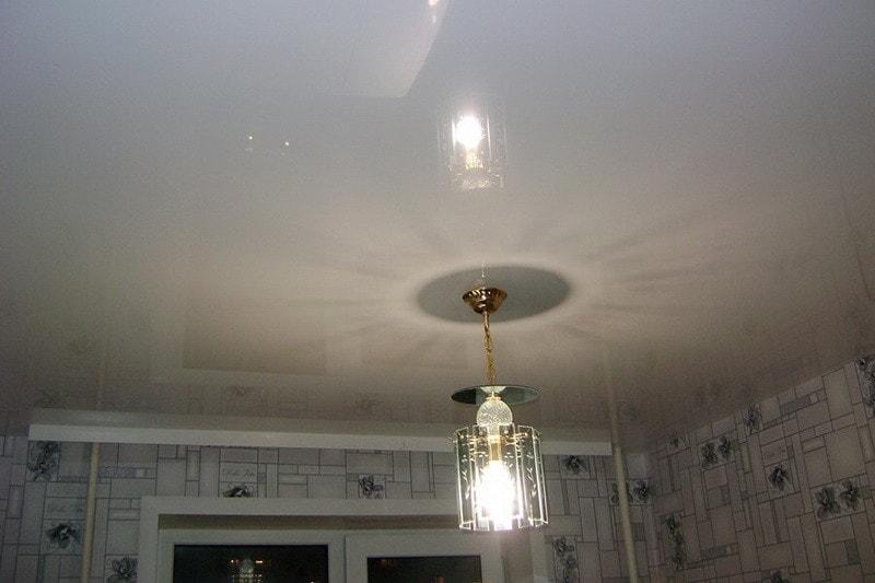 глянцевые натяжные потолки в Красноряске