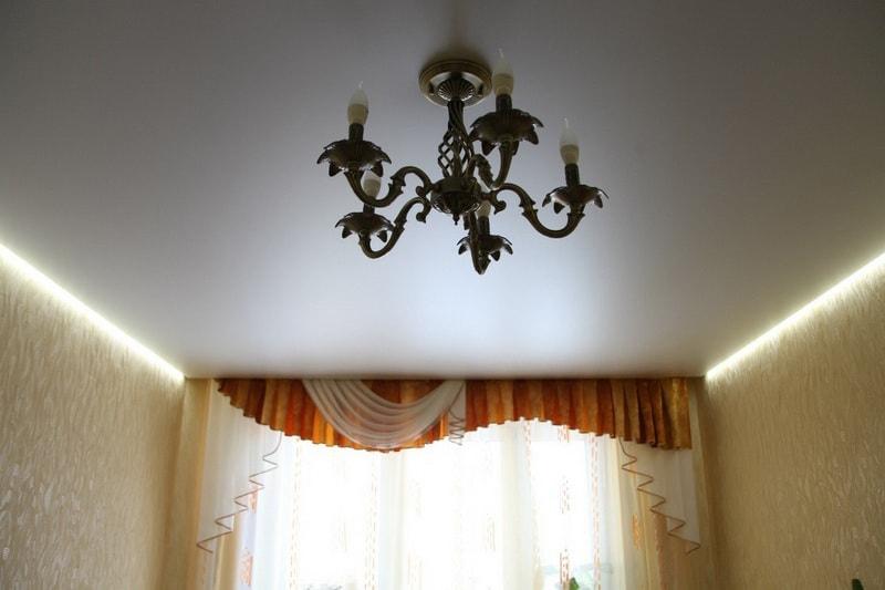 Парящие натяжные потолки в Красноярске от производителя, заказать