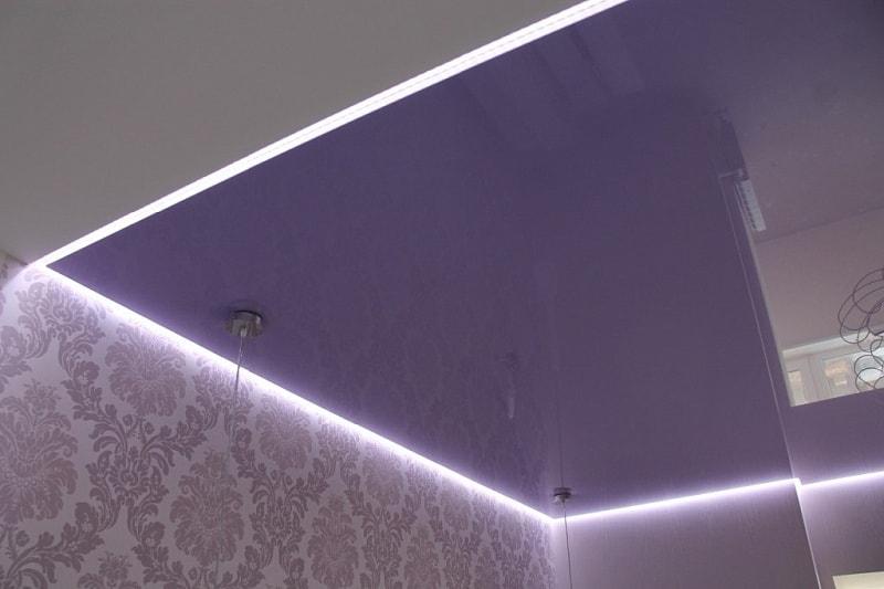 потолок из гипсокартона с подсветкой в Красноярске