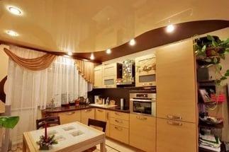 натяжной потолок на кухне в Красноярске