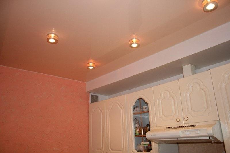 Натяжные потолки на кухню в Красноярске от производителя, заказать