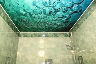 В ванную натяжные потолки в Красноярске