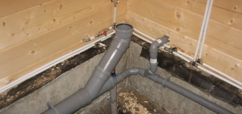 Прокладка труб водоснабжения