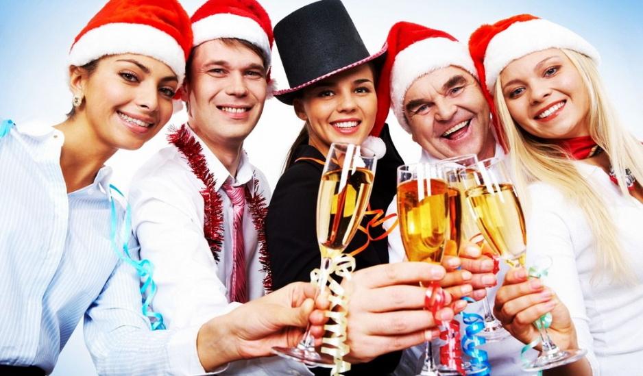 Отметить Новогодний праздник в ресторане