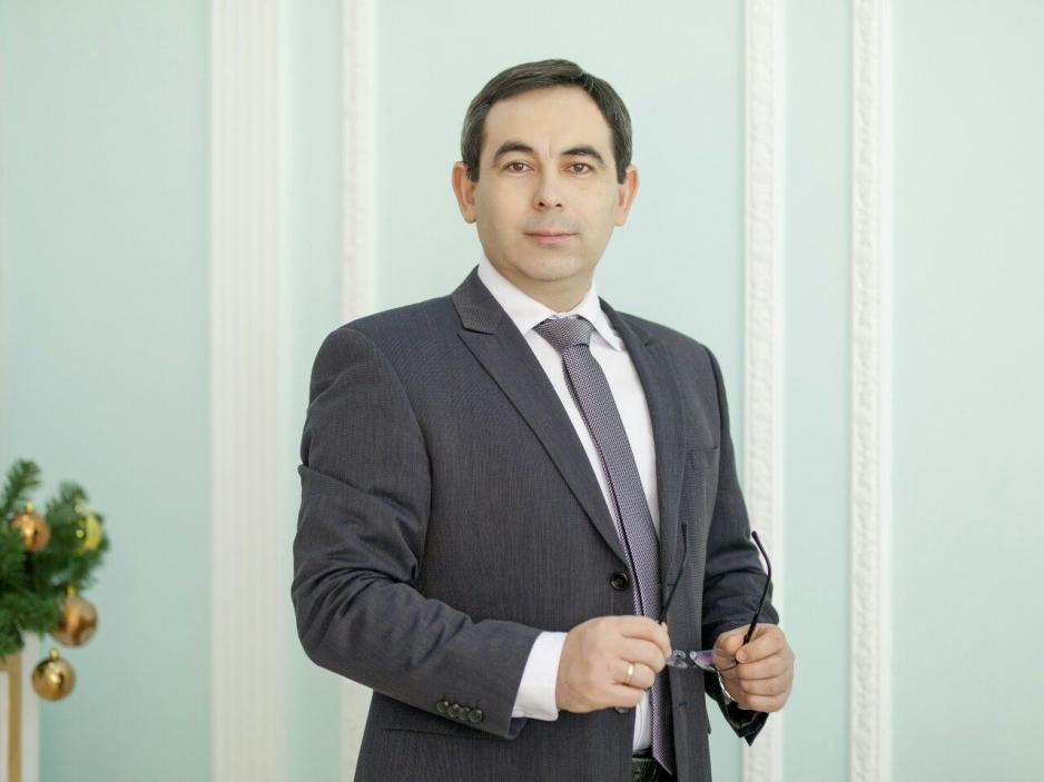 Алик Закирович Субханкулов Психолог, целитель.