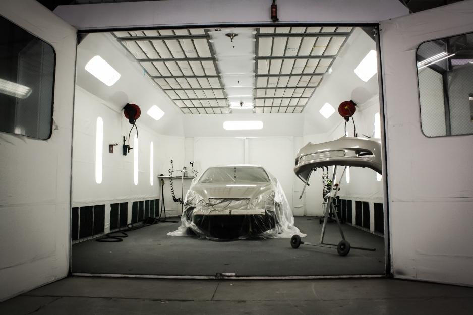 Полная покраска автомобиля в камере