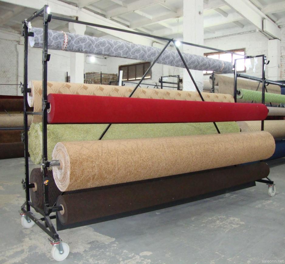 Стенд для демонстрации ковров