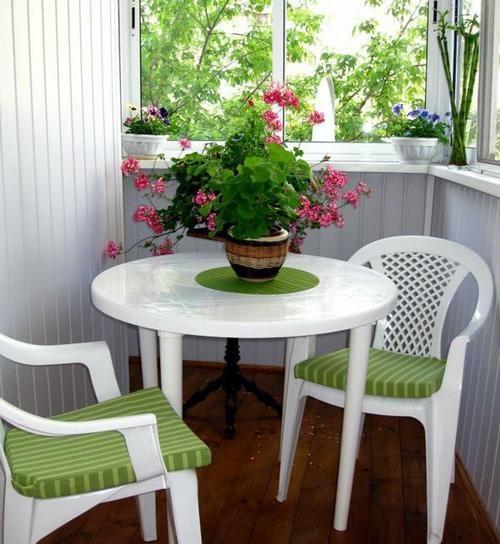купить мебель на балкон
