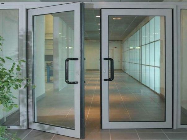 Алюминиевые двери в Череповце