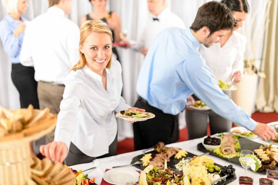 Заказать корпоративное питание в Череповце