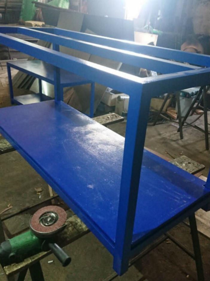 Стенд-стол с навеской