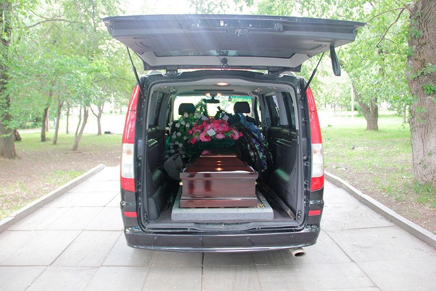 Услуги по вывозу тела в морг в Череповце