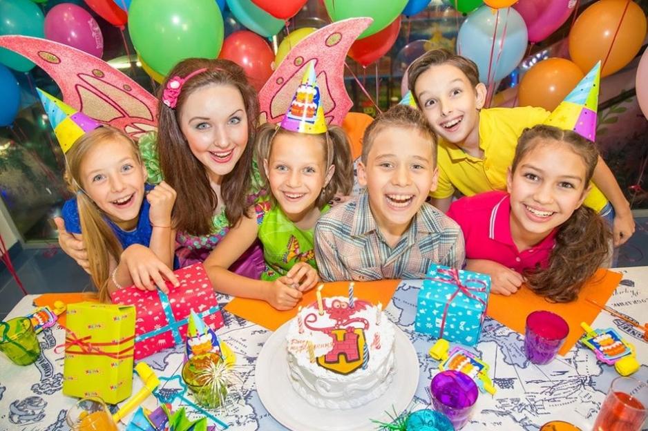 Проведение детского дня рождения в кафе Трамвай