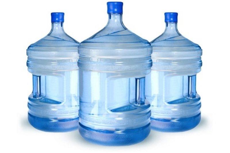 Вода в бутылях 19 л