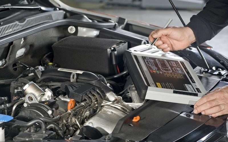 Компьютерная диагностика двигателя автомобиля