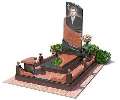 памятник на кладбище из гранита