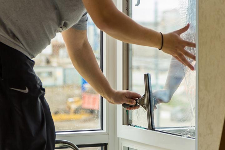 Бронирование оконного стекла