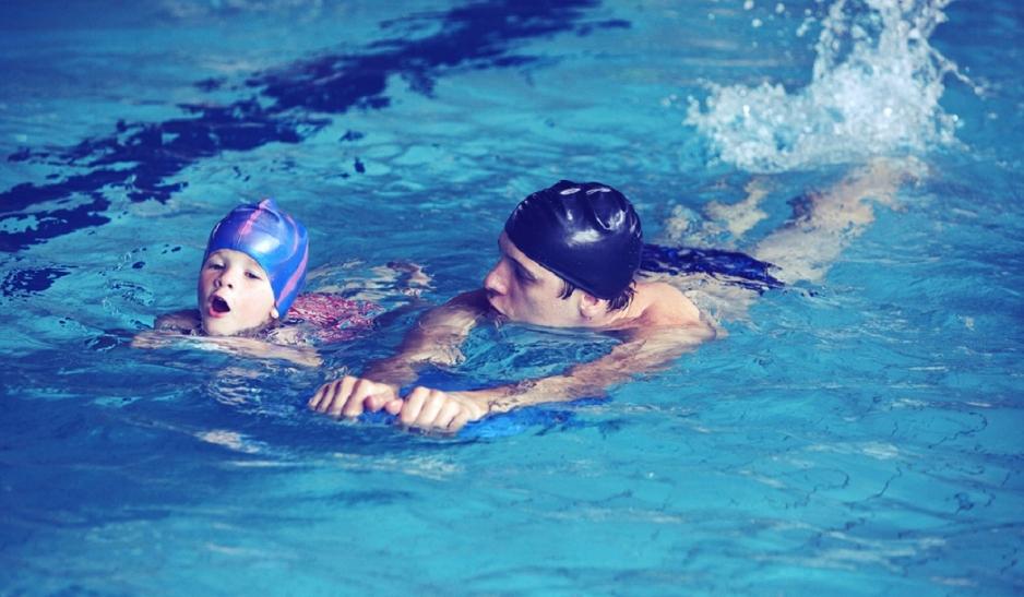 Занятие по плаванию с инструктором