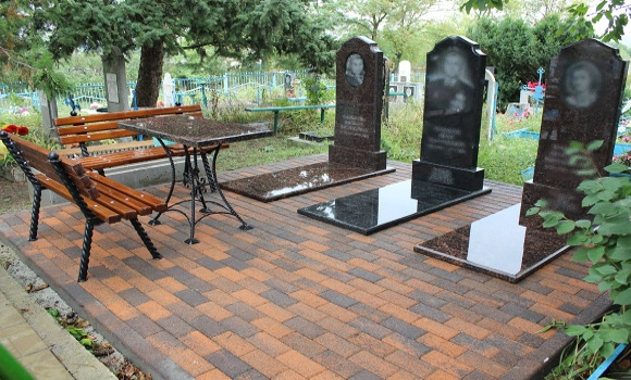 захоронение на кладбище